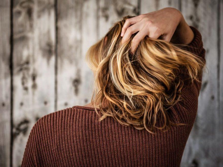Oppsøk hårspesialister ved hårtap